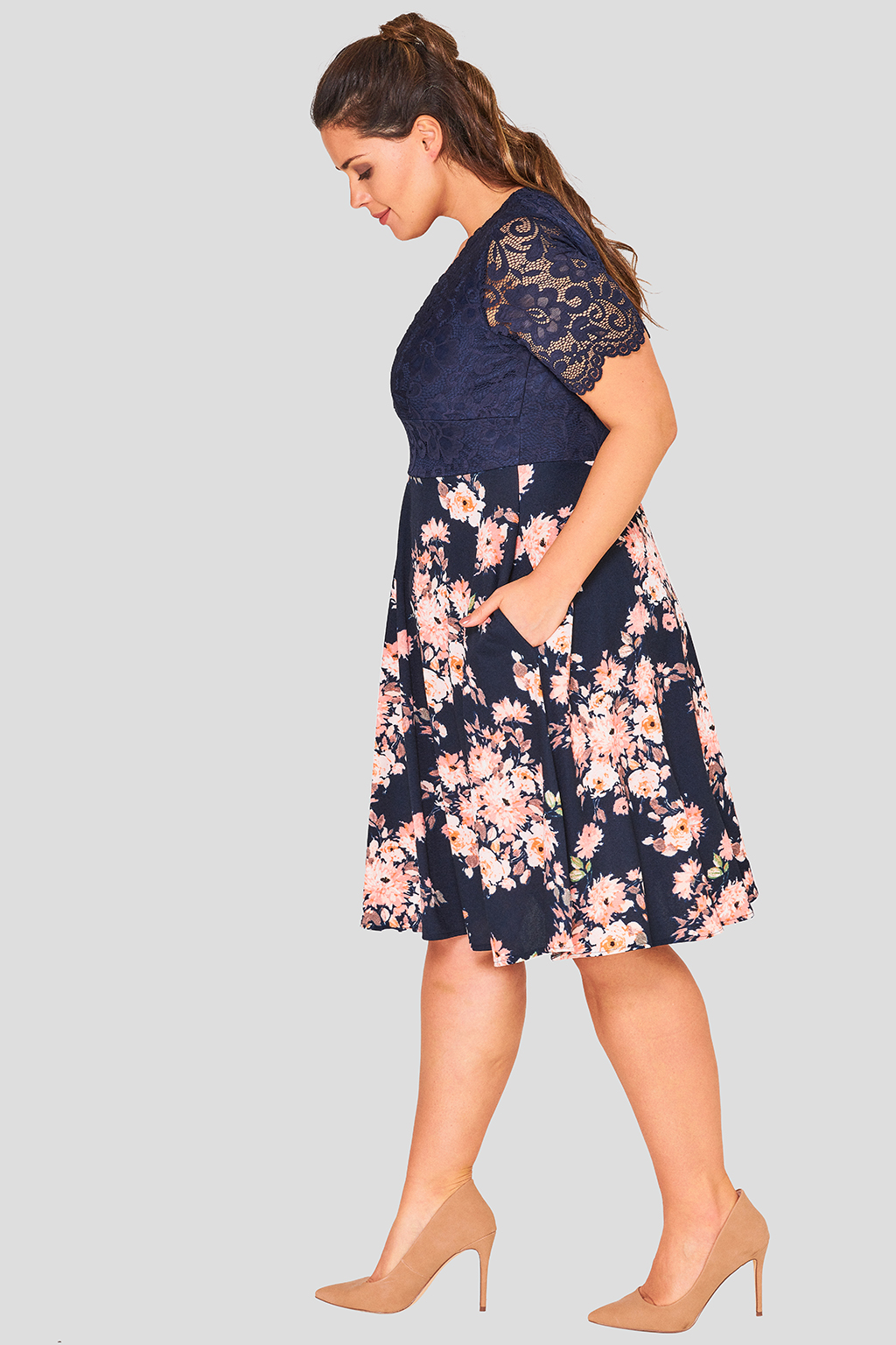 Wholesale Lace Plus size Skater Dress - Fashion Book
