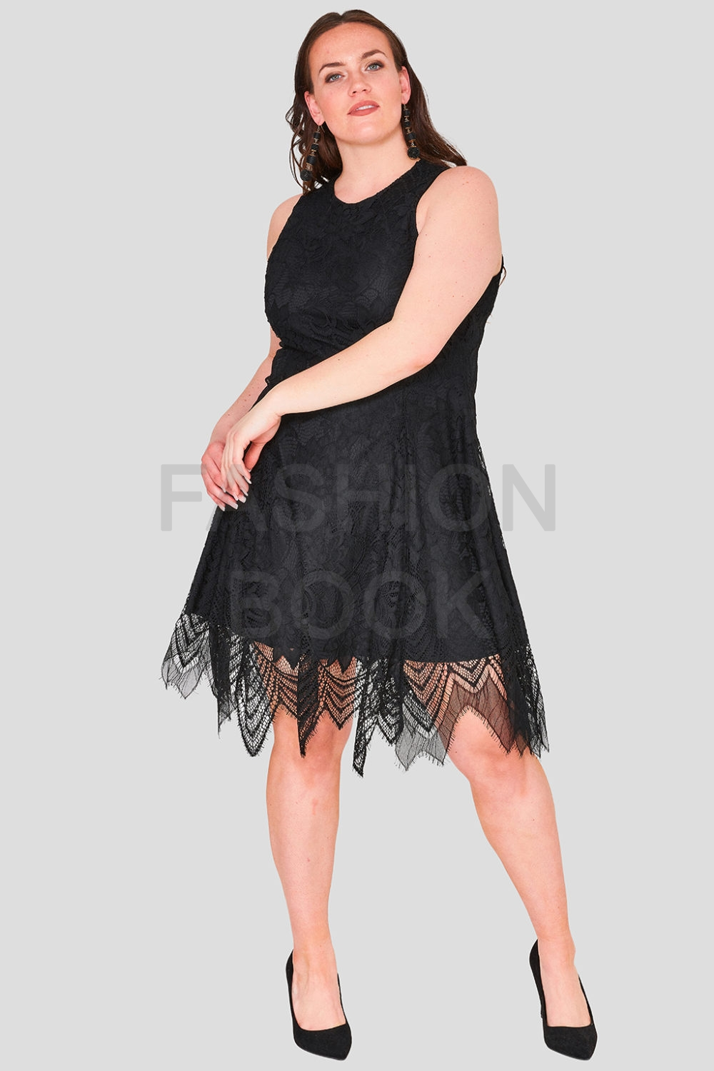 Hand Cut Vintage Plus Size Lace Dress
